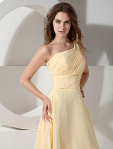 Daffodil One-Shoulder A-Line Ruched Flowers Bridesmaid Dress