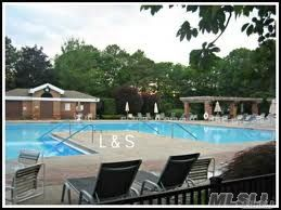 Leisure Glen 55+ Pool