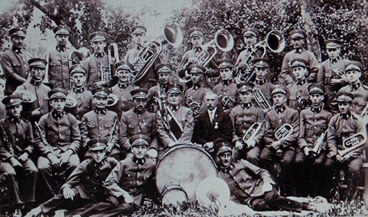Musikverein in Uniform