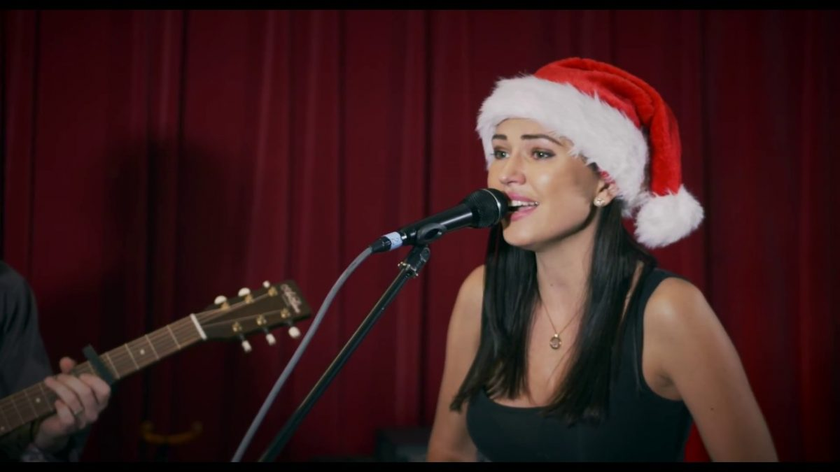 Happy Holidays 2017: Singer Polina Grace, ONE Championship fighters share Christmas wishes, look forward to 2018