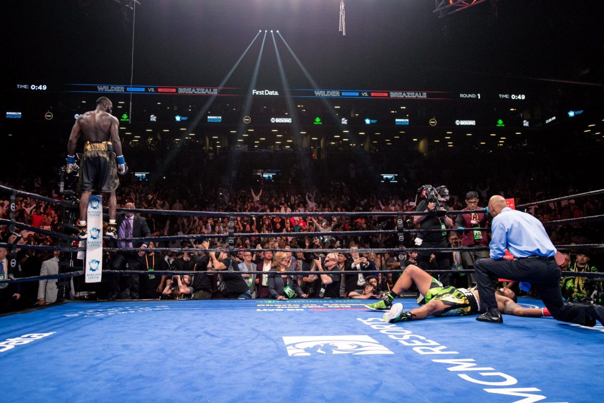 Deontay Wilder takes out Dominic Breazeale in a New York minute