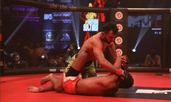 Super Fight League: UP Nawabs cruises into the finals at the expense of Haryana Sultans - super Fight league