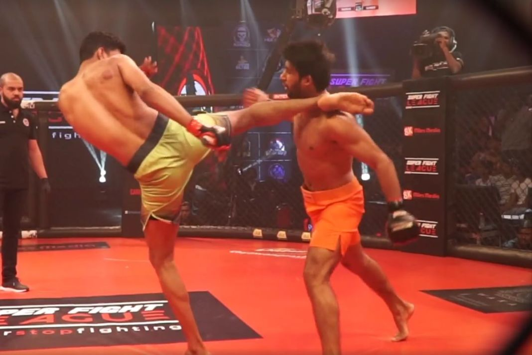 Mindsmash Breaks down Sumeet Khade's head kick knockout of Pawan Goyat -