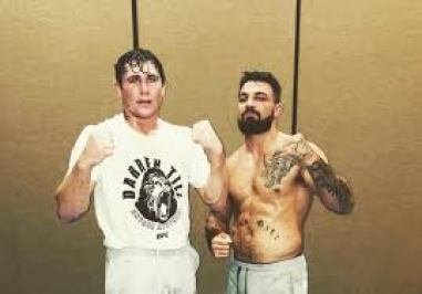 Mike Perry advises Till on how to beat Tyron Woodley -