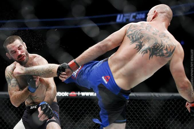 UFC: Watch: Donald Cerrone says he will end the Conor McGregor fight via second round head kick - Cowboy