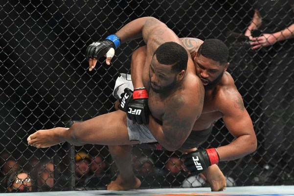 UFC Fight Night 148 Results - Curtis Blaydes Outpoints Justin Willis in a One Sided Beatdown -