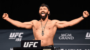 UFC: Andrei Arlovski's reaction when asked to stripped down for weigh ins: 'I don't have underwear!' - Arlovski