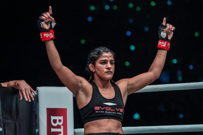 INDIA'S RITU PHOGAT IMPRESSES WITH TKO FINISH OF NAM HEE KIM IN HER MIXED MARTIAL ARTS DEBUT - Ritu Phogat