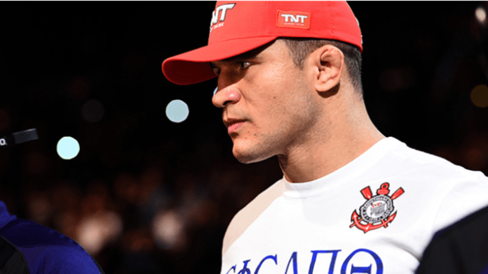 Junior dos Santos thinks