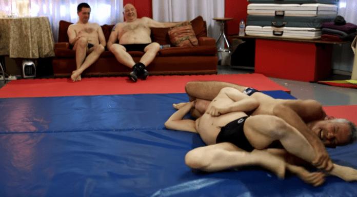 Fetish Fight Club-locul unde bărbații se întâlnesc, se dezbracă și se iau la bătaie! (VIDEO)