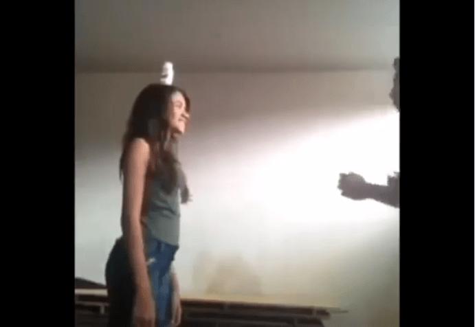 Cum să te desparți de prietena ta prin karate în doar 18 secunde (VIDEO)