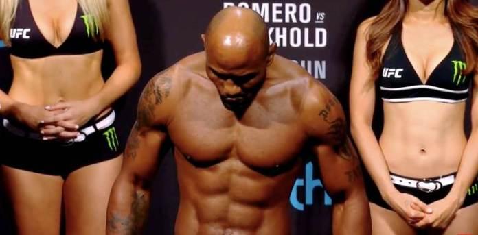 VIDEO. Scandal la cântarul oficial de la UFC 221: Yoel Romero nu s-a încadrat în greutate!
