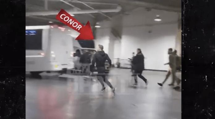 VIDEO. Conor McGregor a fost arestat după ce a atacat un autobuz plin cu luptători UFC!