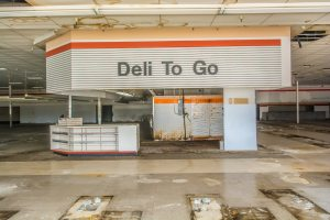 Tips for Owning a Distressed Property - MMG Equity Partners Retail Real Estate Florida