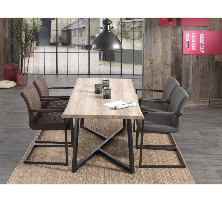 table a manger effet tronc d arbre et pieds metal wood