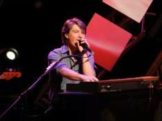 tay-epcot-live-18