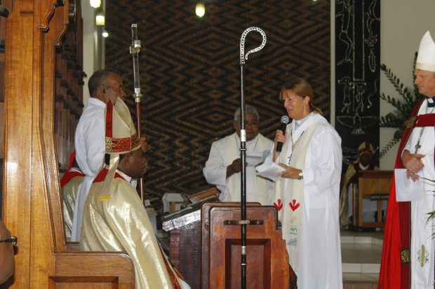 Cate Edmonds at Archbishop Leonard Dawea's Enthronement