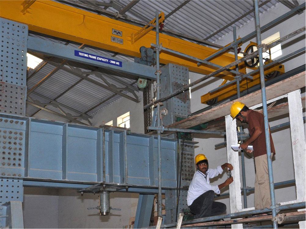 Structural Mechanics Lab