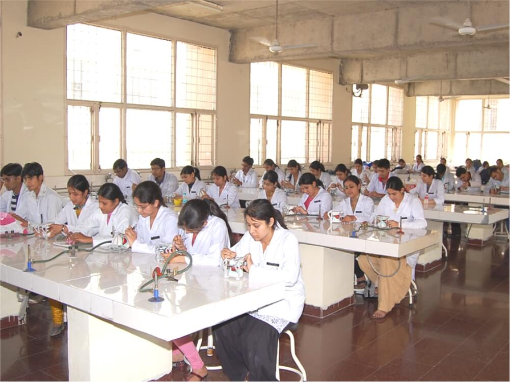 Prosthodontics DM PCP Lab