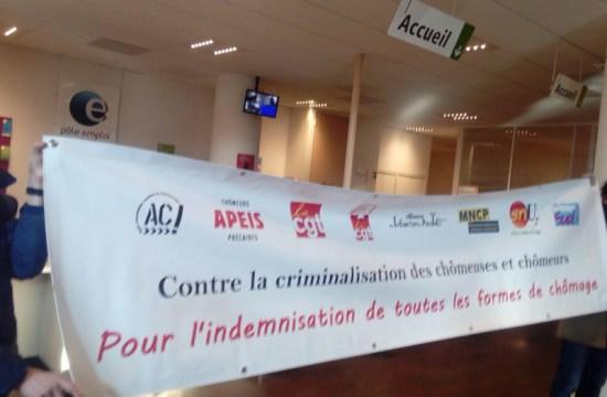 Occupation d'un centre de contrôle de la recherche d'emploi à Paris