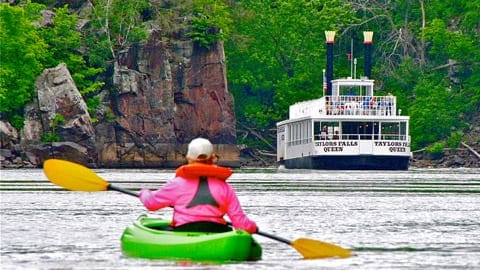 Taylors Falls woman kayaking