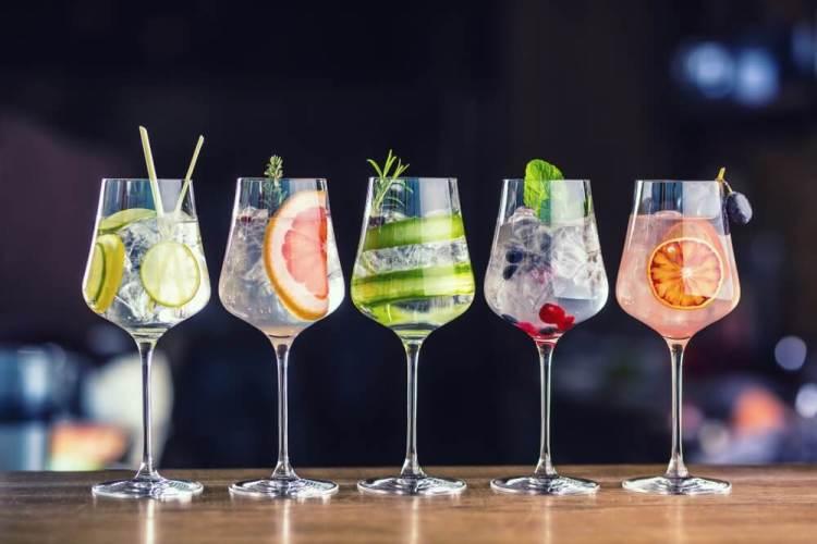 5 verschillende cocktails gin