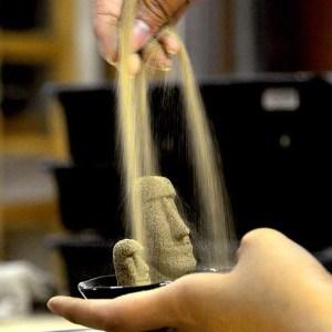 モアイ砂像 製造方法