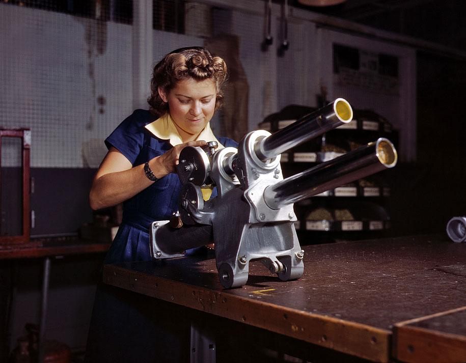 Wanita dalam Perang Dunia II - 04