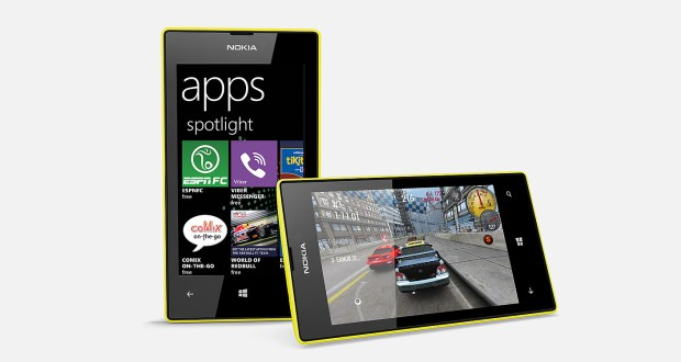 Nokia Lumia 520 Front and Horizontal View