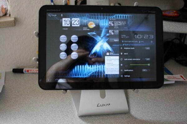 gewinnspiel tablet st nder luxa2 h4. Black Bedroom Furniture Sets. Home Design Ideas