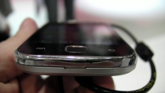 Samsung Galaxy Y (3)