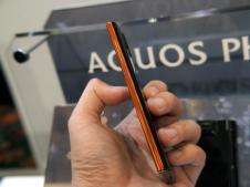 Sharp Aquos Phone 104SH Android (8)