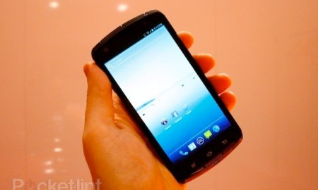 fujitsu-quad-core-pictures-hands-on-0