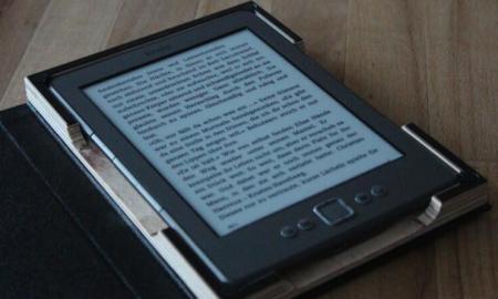 gemanmade Case im Buch-Look für das Amazon Kindle IMG_1996