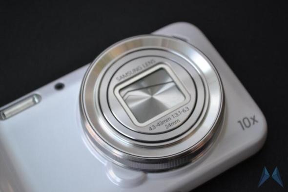 Samsung Galaxy S4 Zoom (2)