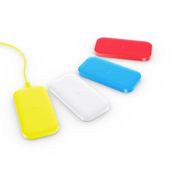 700-nokia_lumia_1520_nokia_dc_50_wireless-charging-group-shot