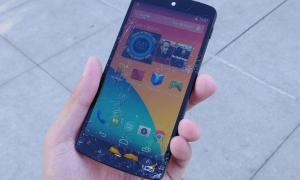 Google-Nexus-5-drop-test-aa-21