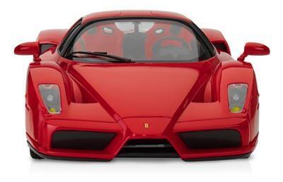 Von dem iPad aus gesteuertes Ferrari: wie glücklich wäre ich, wenn ich vor 15-12 Jahren sowas hätte...........punkt...punkt..