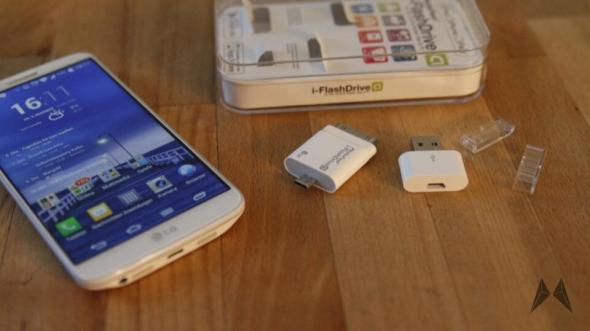 PhotoFast i-FlashDrive 8GB _MG_6270