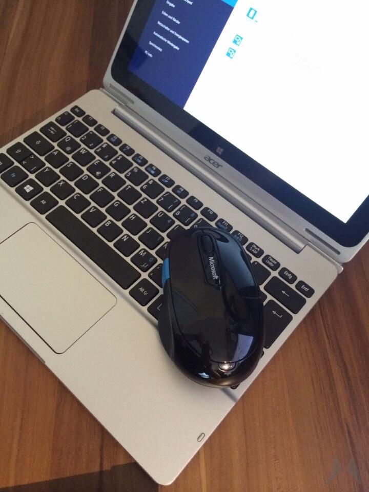 Microsoft Sculpt Comfort Mouse (2)