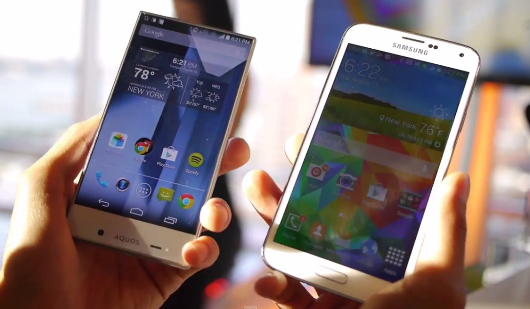 Sharp AQUOS Crystal vs Samsung Galaxy S5
