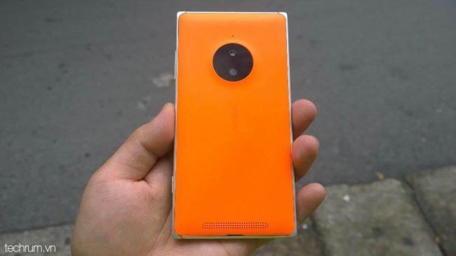 Lumia 830 vs Lumia 930 (2)