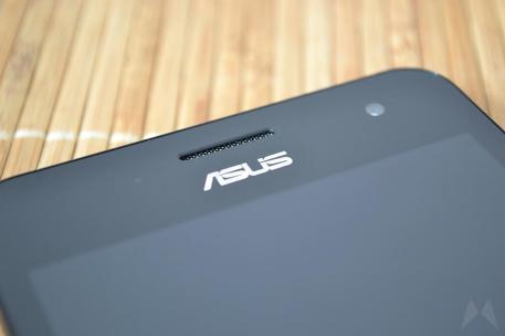 ASUS Zenfone 5 LTE 02