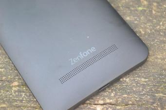 ASUS Zenfone 5 LTE 10
