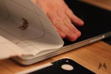 dBrand Skin für das Apple Macbook Pro Retina in Carbon IMG_3999