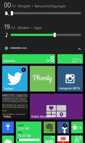 Nokia Lumia 735 15