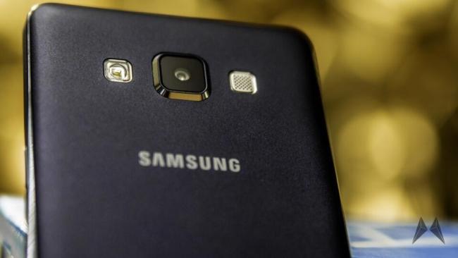 Samsung Galaxy A3 und Samsung Galaxy A5 009