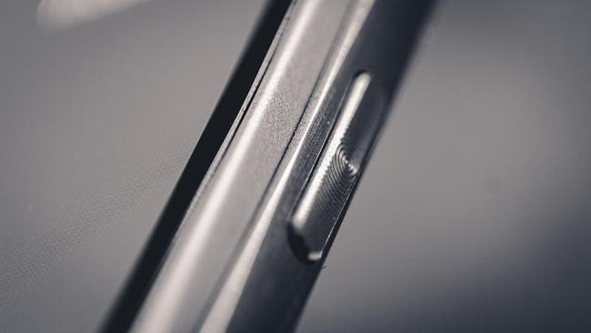 HTC-One-M9-Seite-Powerbutton