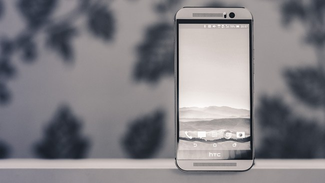 HTC ONE M9 Header