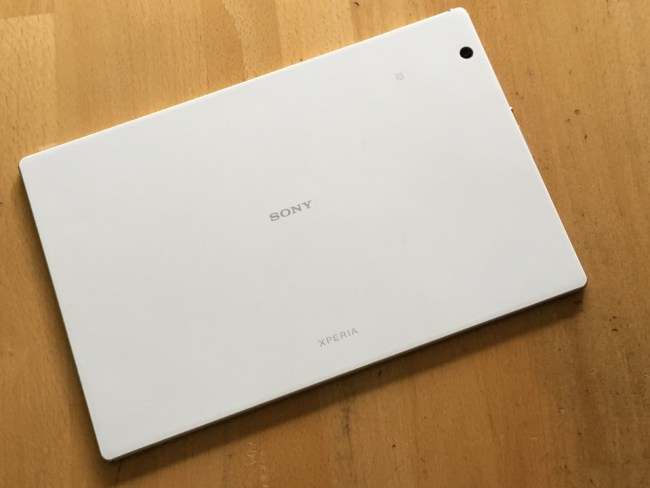 Sony Xperia Z4 Tablet LTE Test3